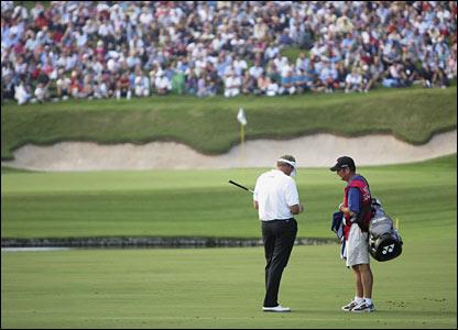 golf_caddie_03