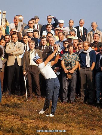 gary_player_hits_out_of_the_rough_at_the_1969_world_match_play_championship_5097295